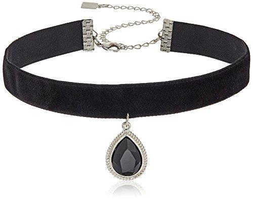 1928 Jewelry Black Velvet with Silver-Tone Black Teardrop Pendant Choker Necklace