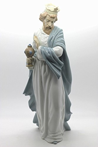 Nao by Lladro Collectible Porcelain Figurine: KING GASPAR WITH CUP - 11-1/2