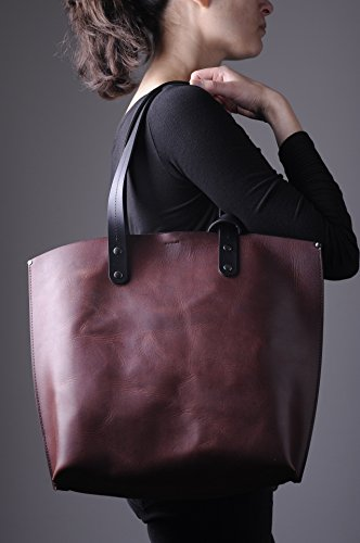 Large leather tote bag. 100% vegetable tanned leather. 100% Made in Italy