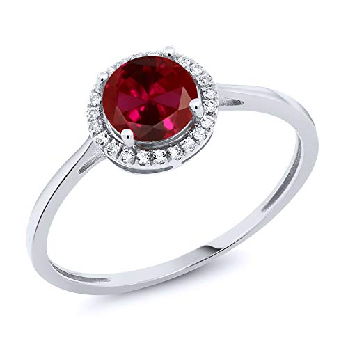 (Gem Stone King 10K White Gold Red Created Ruby and Diamond Engagement Ring 1.22 cttw (Size 7))
