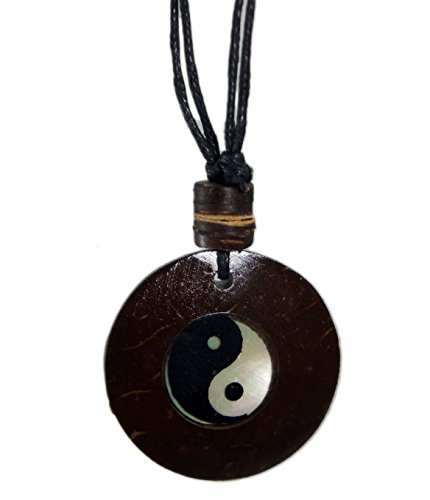 Yin Yang Coconut Wood Pendant Necklace Handmade Hawaiian Style Beach Boy Men