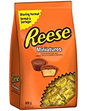 REESE Chocolate Candy Peanut Butter Cups, Halloween Candy to Share, Bulk Candy, Miniatures, 900 Gram