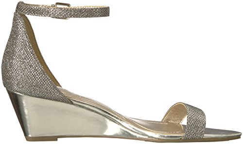 Bandolino Womens Omira Wedge Sandal Gold Fabric MGFSnNO