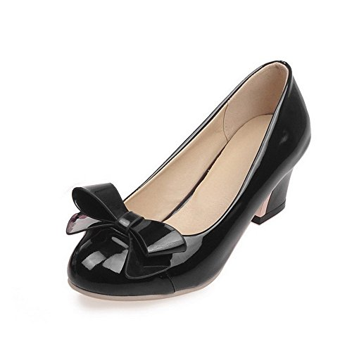 Allhqfashion Womens Assorti Kleur Pu Kitten Hakken Ronde Gesloten Teen Pull-on Pumps-schoenen Zwart