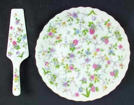 Andrea By Sadek Pattern Corona Cake Plate & Server