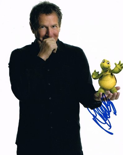 GARRY SHANDLING - Over the Hedge AUTOGRAPH Signed 8x10 Photo
