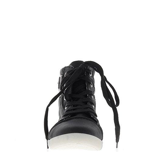 Sneakers donna nera in aumento e interno foderato imbottita