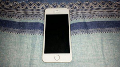 NEW Apple iPhone 5S 16GB (Sealed Box)-Factory Unlocked GSM Smart phone.