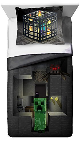 Mojang MineCraft Spawn Gray Twin/Full Reversible Comforter