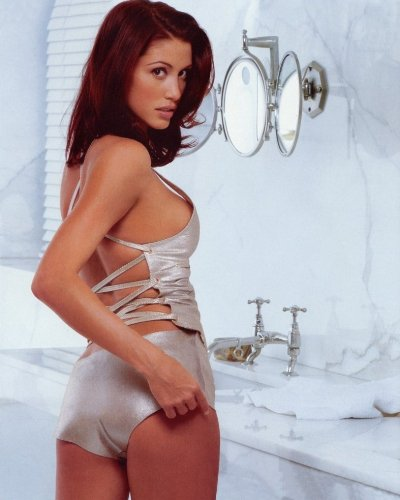 Shannon Elizabeth 8X10 Celebrity Photo  05