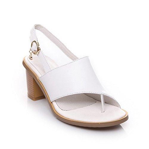 VogueZone009 Women's Soft Material Split Toe Kitten Heels Buckle Solid Sandals White 6fbjTfuPD