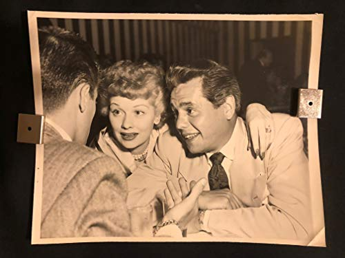 I Love Lucy, Lucille Ball, Desi Arnaz 1950s Original Vintage Movie Photo Photograph 8x10 Black And White, TV, Television, Promo, Press (Lucille Ball 1950s)