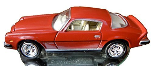 Johnny Lightning Limited Edition Camaro Collection 1976 Type LT Red