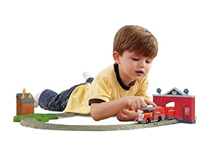 Thomas \u0026 Friends - TrackMaster - Flynn\u0027s Firey Rescue....Thomas Train Table  sc 1 st  Amazon.ca & Thomas \u0026 Friends - TrackMaster - Flynn\u0027s Firey Rescue....Thomas ...