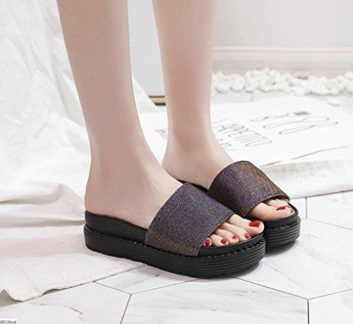Lap LIANGXIE Résistant Light Chaussures épais Un pin Confortable Gris Mot Pantoufles d'été l'usure Fond Simple Dérapant Anti Zhhzz Casual Glisser Mesdames à Gâteau Fond Plat wAIAqp