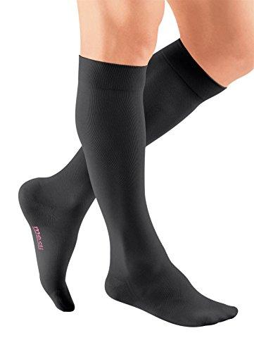 mediven Plus, 20-30 mmHg, Calf High Compression Stocking, Closed Toe ()