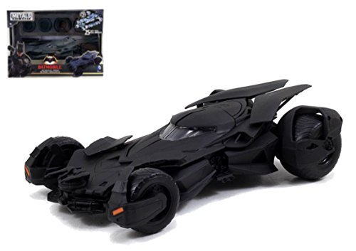 (JADA 1:24 NEW BATMAN V SUPERMAN MOVIES BATMOBILE MODEL KIT BLACK DIECAST 97781 - BATMAN V SUPERMAN (2016) MOVIE ~ Prime shipping)