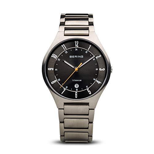 BERING Herren-Armbanduhr Analog Quarz Titan 11739-772