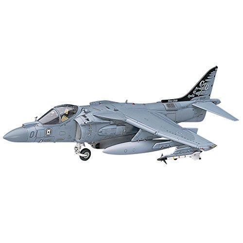 Hasegawa 1/48 AV-8B Harrier II ()