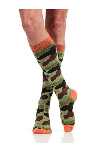(Vim & Vigr Women's 15-20 Mmhg Compression Cotton Camo Print Sock Small Green/Black Camo)