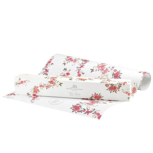Woods Of Windsor True Rose By Woods Of Windsor 6 Perfumed Drawer Liners by Woods of Windsor