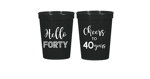 Amazon.com: 40º cumpleaños negro Estadio de plástico tazas ...