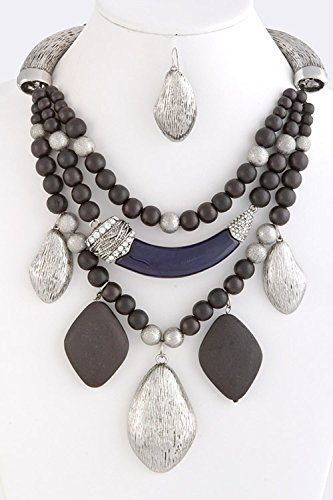 [TRENDY FASHION JEWELRY ETHNIC WOODEN BEAD NECKLACE BY FASHION DESTINATION   (Navy)] (Chunky Wooden Beads)