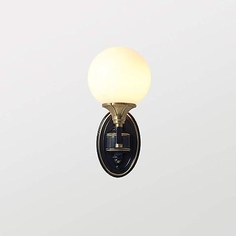 Amazon Com Lámpara De Pared De Vidrio Lechoso Negro Metal Cobre Lámpara De Pared Europea Minimalista Personalidad Caliente Apliques E27 Dormitorio Salón Comedor Café Pasillo Pared Linterna Home Improvement