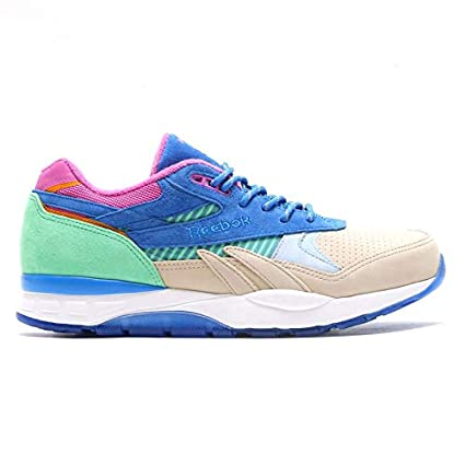 ac05a5926eb16d Image Unavailable. Image not available for. Color  Reebok x Packer  Ventilator Supreme CNL (Easy Blue Stucco MNT) ...