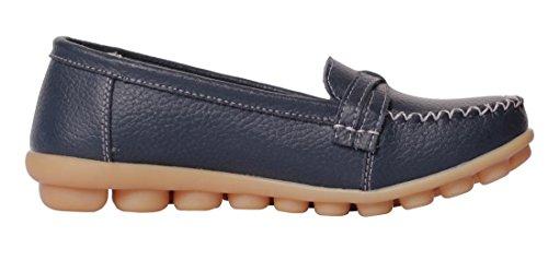 Ruhiger zufälliger Beleg der gelassenen Frauen-Rindleder-flachen auf treibenden Müßiggänger-Schuhen Dunkelblau-2