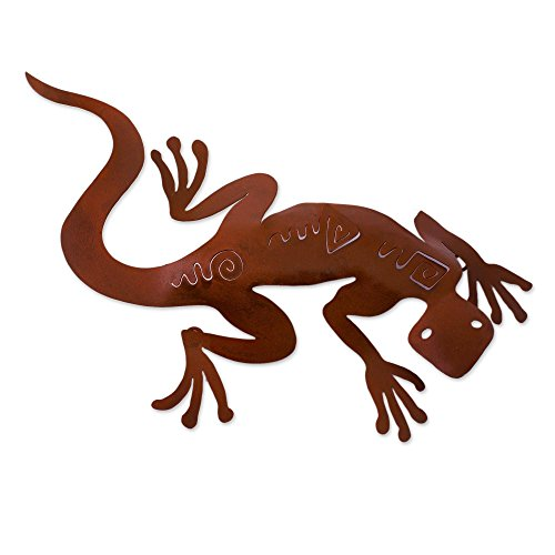 NOVICA Decorative Large Iron Wall Adornment, Brown, 'Spying Gecko'