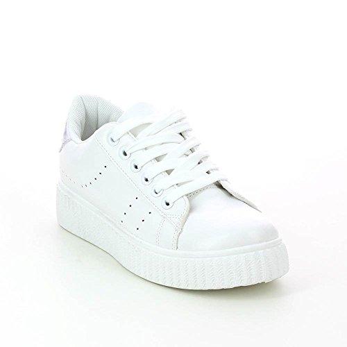 Zapatillas a detalles metálico tiene mini plataforma 3 cm Plateado - plata