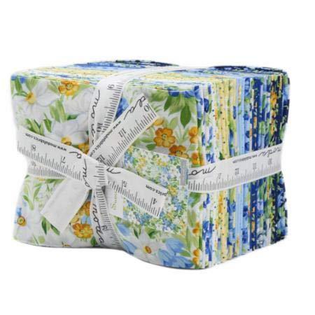 Summer Breeze V Fat Quarter Bundle 27 Precut Cotton Fabric Assortment by Moda Fabrics, 33300AB by Moda Fabrics (Image #3)