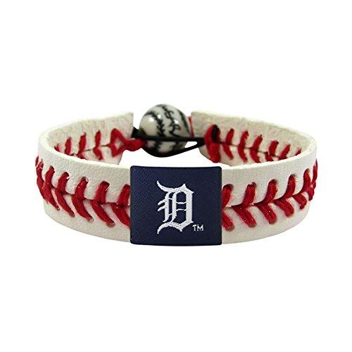 GameWear MLB Detroit Tigers Classic Leather Baseball Bracelet