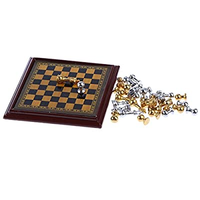 MagiDeal Dollhouse Miniature Toy - Silver and Goldern Metal Chess Set - 1:12 Scale