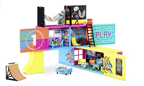 🥇 L.O.L. Surprise! Clubhouse Playset with 40+ Surprises and 2 Exclusives Dolls