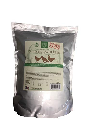 Small Pet Select Chicken Layer Feed. Non-GMO, Corn Free, Soy Free. Locally Sourced In The Pacific Northwest. Made in Small Batches Ensuring The Highest Quality Product, 25 lb