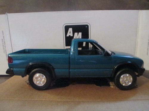 #6118 Ertl/AMT 1994 Chevrolet S-10 4X4, Teal Green Metallic 1/25 Plastic Promo,Fully Assembled by AMT