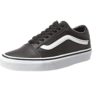Vans Unisex Old Skool Black/White Skate Shoe 7 Men US / 8.5 Women US
