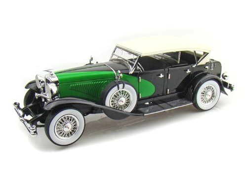 1934-duesenberg-black-green-118-scale-diecast-model
