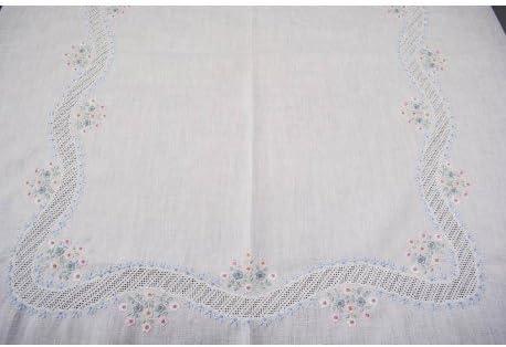 Mantel redondo bordado a Mano Lino Puro-flores de colores y cinta ...