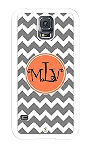 iZERCASE Samsung Galaxy S5 Case Monogram Personalized White and Grey Chevron Pattern RUBBER CASE - Fits Samsung Galaxy S5 T-Mobile, Sprint, Verizon and International (White)