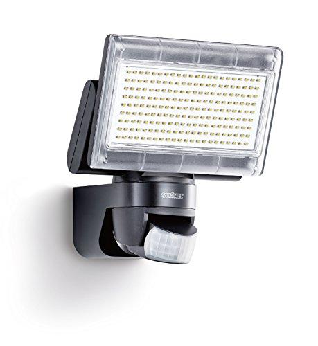 Steinel Sensor LED-Strahler XLED Home 1 schwarz, LED-Scheinwerfer mit 140° Bewegungsmelder und max. 14 m Reichweite, 920 Lumen Helligkeit, Lichtfarbe 6700 K Kalt-weiß, 003661 [Energieklasse A+]