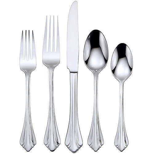 NEW Oneida Gwendolyn Pattern Flatware Silverware Set Service for 4 People Dining