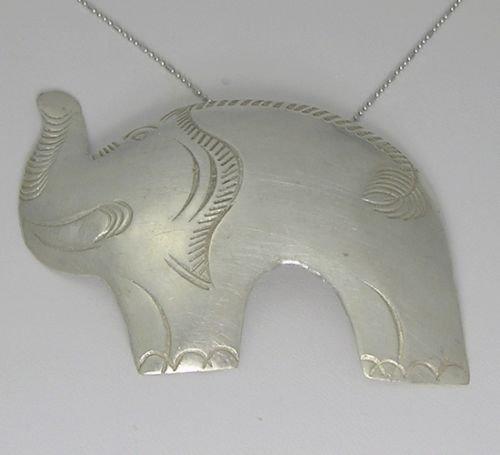 INFINITY 98% KAREN HILL TRIBE Silver Handmade Hammer PENDANT P200 (Goddess Costume Diy)