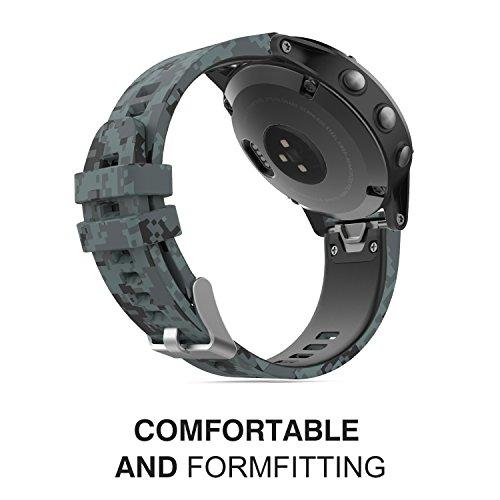Amazon.com: MoKo Garmin Fenix 5 Quick Fit 22mm Watch Band, Soft Silicone Replacement Strap for Garmin Fenix 5/5 Plus/Instinct/Forerunner 935/Aproach S60 ...