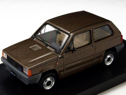 1/43 フィアット パンダ45S 1982 Mブラウン R504