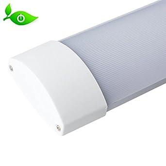 Lámpara LED de zonas húmedas PLANUS 45 W 150 cm, blanco frío 4500LM 6500 K