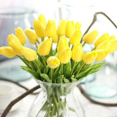 (Annibus Flower Tulip: Plastic Real Touch Artificial Flowers Tulips 31pcs /Lot for Decoration Wedding Mini Tulips Bouquet)