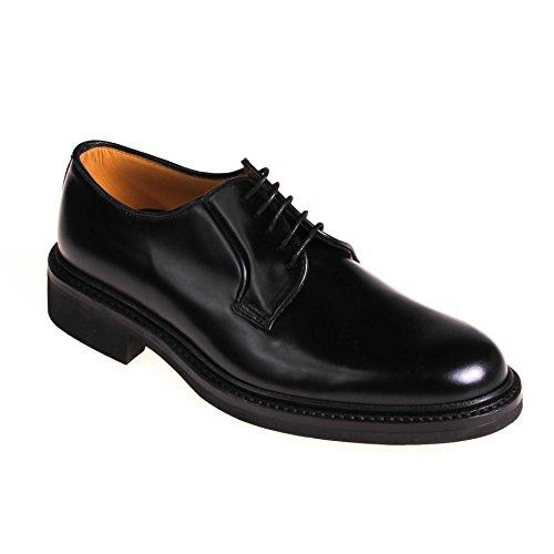 Lottusse , Chaussures à lacets et coupe classique homme